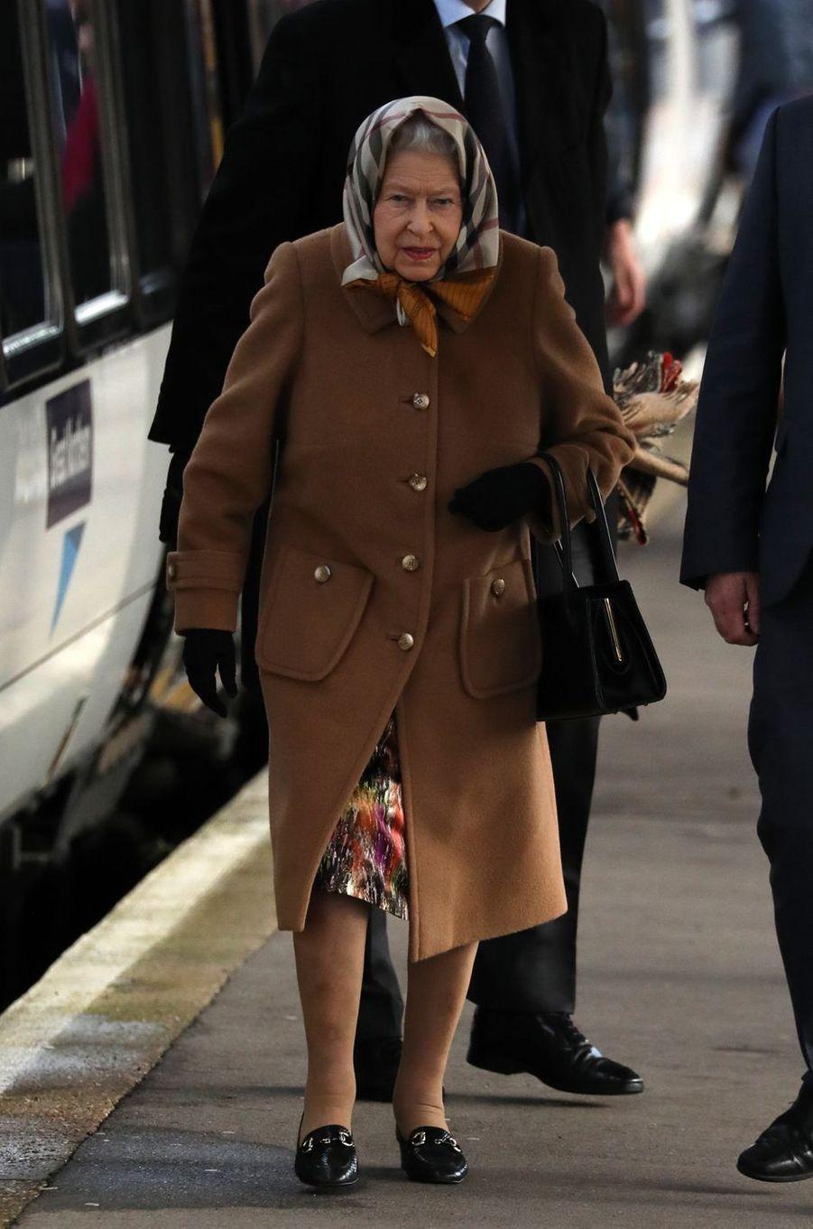 La reine Elizabeth II à la gare de King's Lynn, le 20 décembre 2018