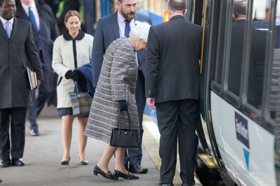 La reine Elizabeth II à la gare de King's Lynn, le 11 février 2019