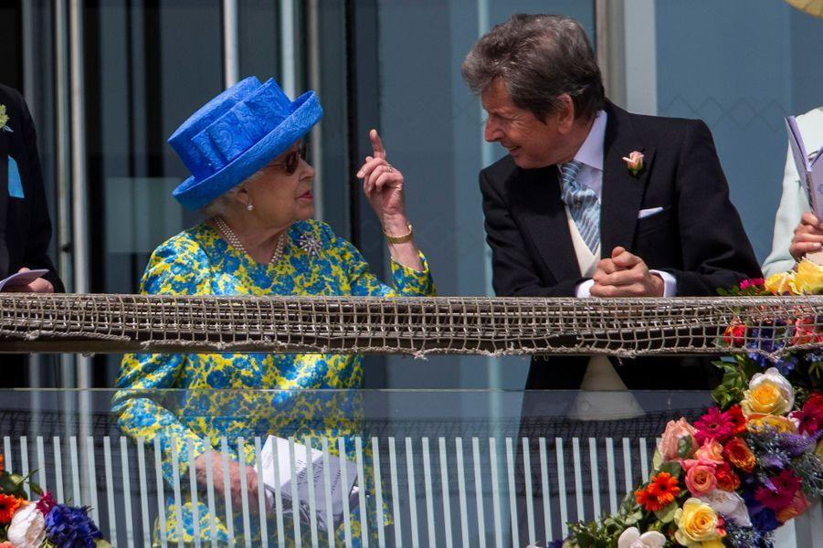 La reine Elizabeth II au Derby d'Epsom, le 1er juin 2019