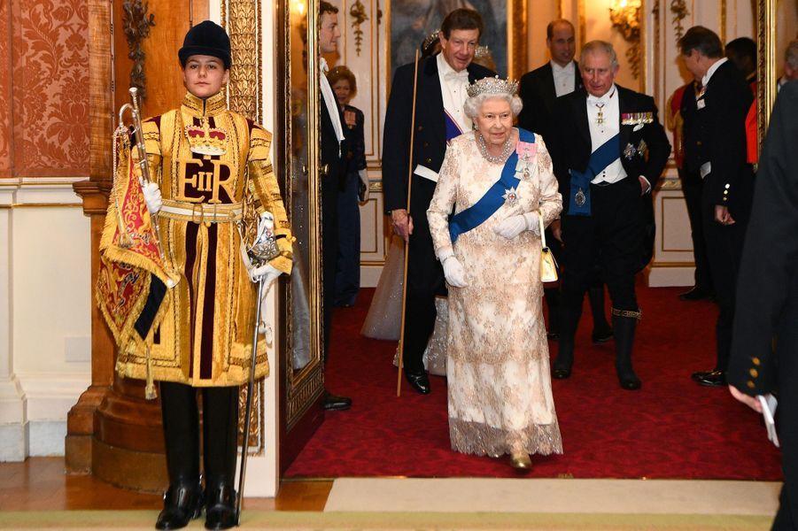 La reine Elizabeth II et le prince Charles à Londres, le 4 décembre 2018