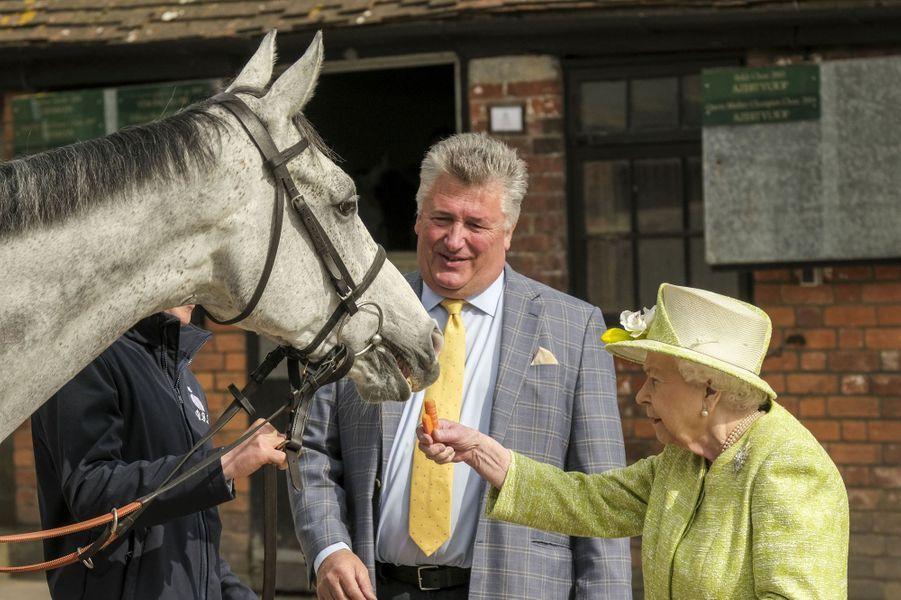 La reine Elizabeth II àDitcheat dans le Somerset, le 28 mars 2019