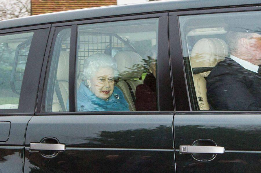 La reine Elizabeth II arrive pour la réunion de WI à West Newton, le 24 janvier 2019