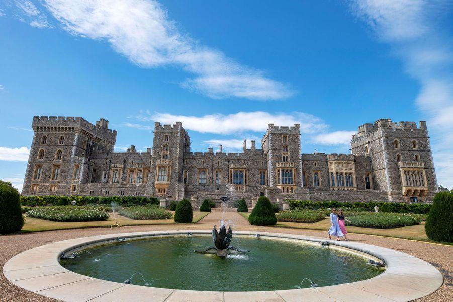Le bassin de l'East Terrace Garden du château de Windsor, le 5 août 2020