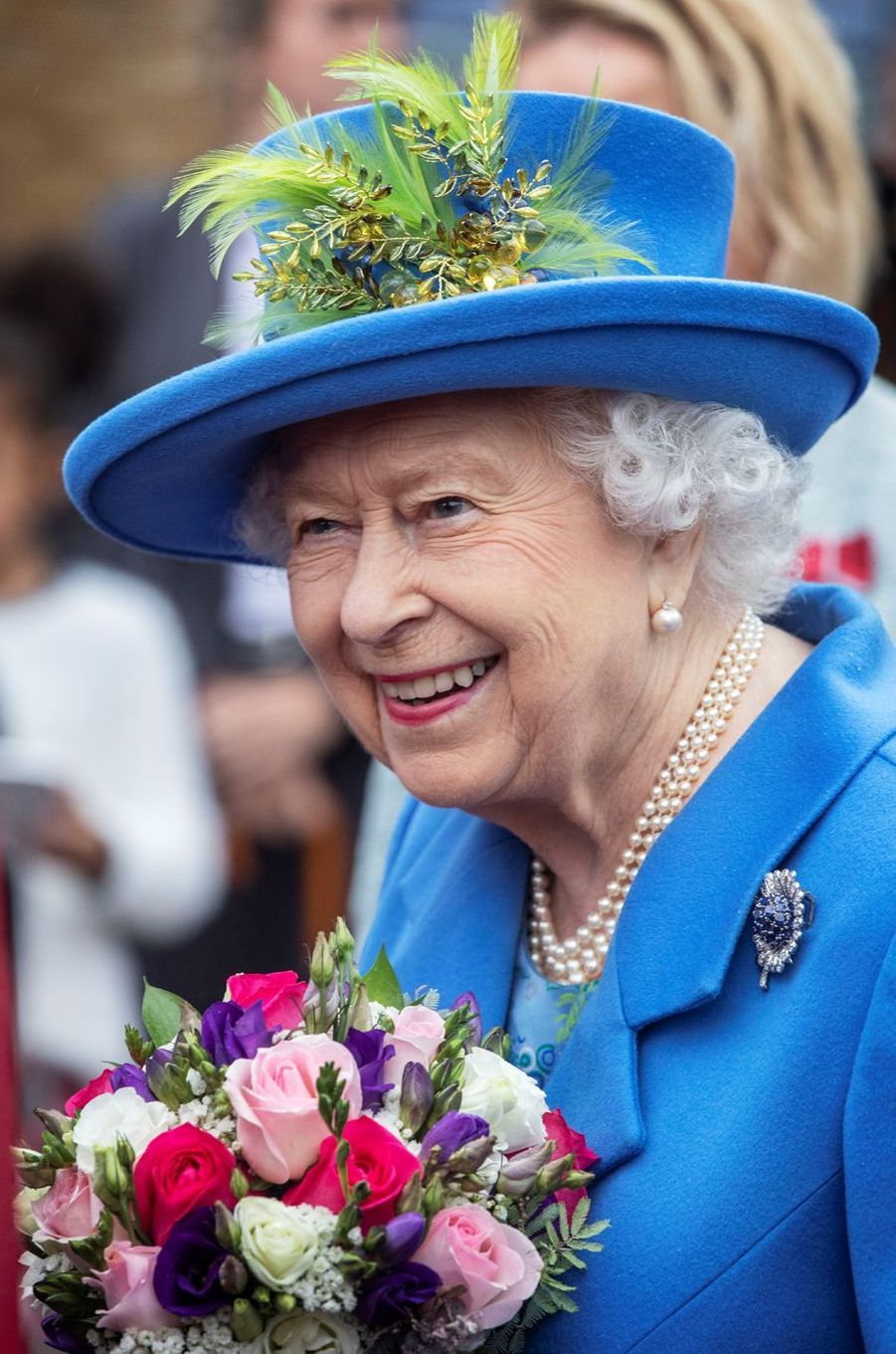 La reine Elizabeth II très souriante à Londres, le 11 octobre 2019