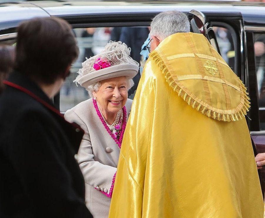 La reine Elizabeth II à son arrivée à l'abbaye de Westminster à Londres, le 15 octobre 2019