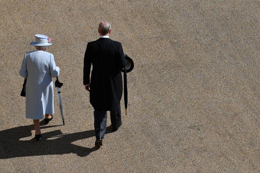 La reine Elizabeth II et le prince Andrew à Londres, le 21 mai 2019
