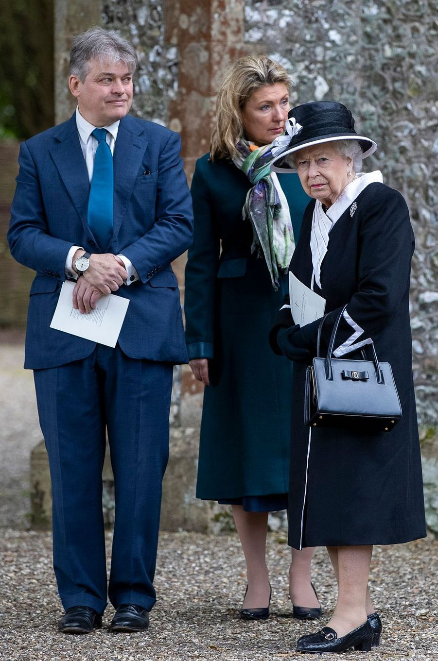 La reine Elizabeth II avec son filleul George Herbert, à Highclere, le 25 avril 2019