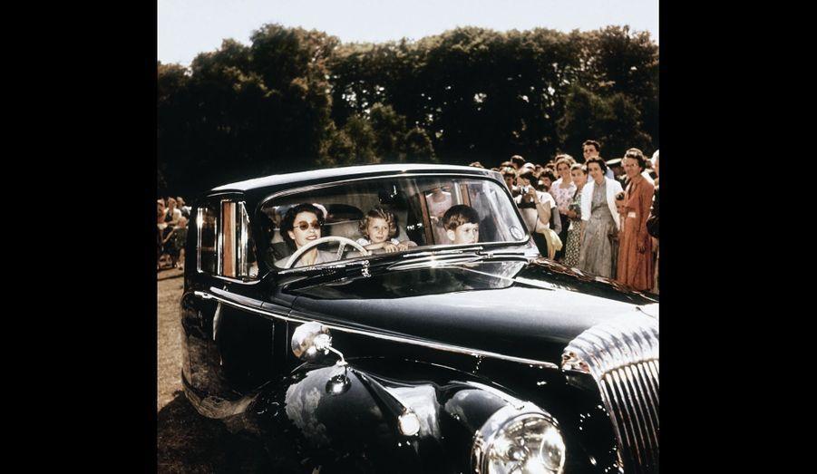 En voiture à Windsor, avec Anne et Charles en 1957