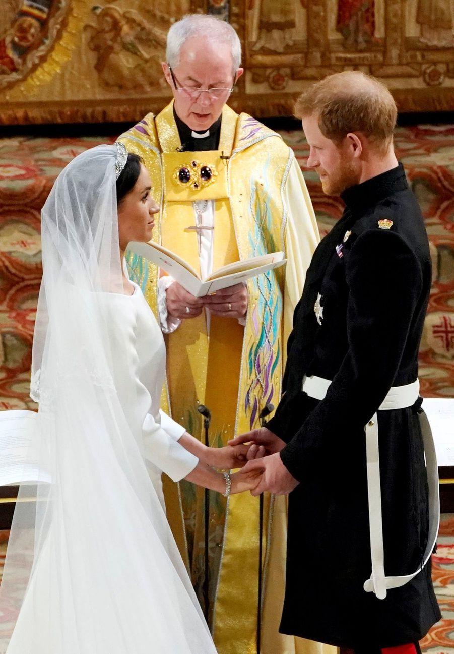 La Robe De Mariée De Meghan Markle En Photos ( 4