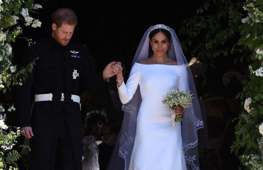 La Robe De Mariée De Meghan Markle Exposée À Windsor ( 17