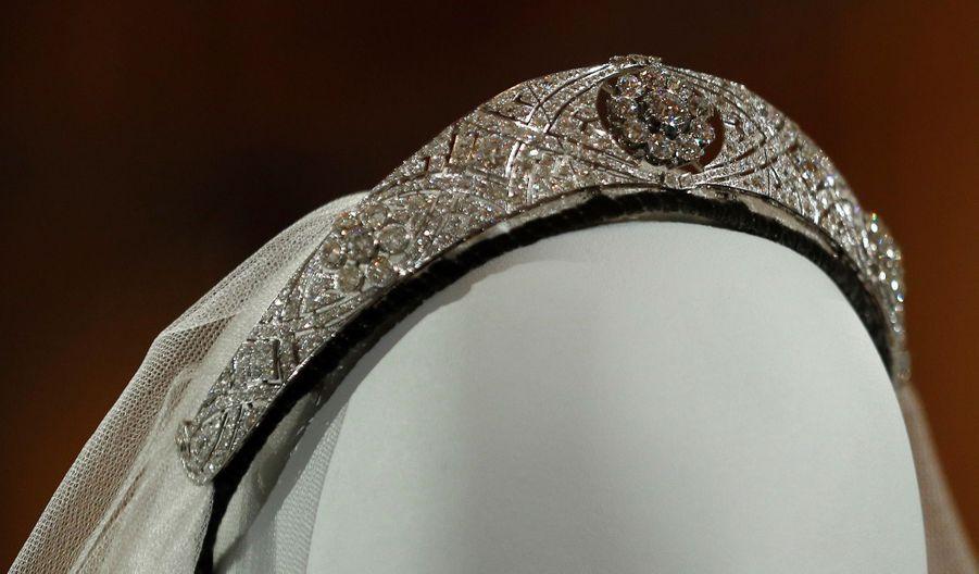 La Robe De Mariée De Meghan Markle Exposée À Windsor ( 5