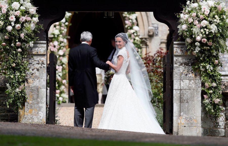 La Robe De Mariée De Pippa Middleton 16
