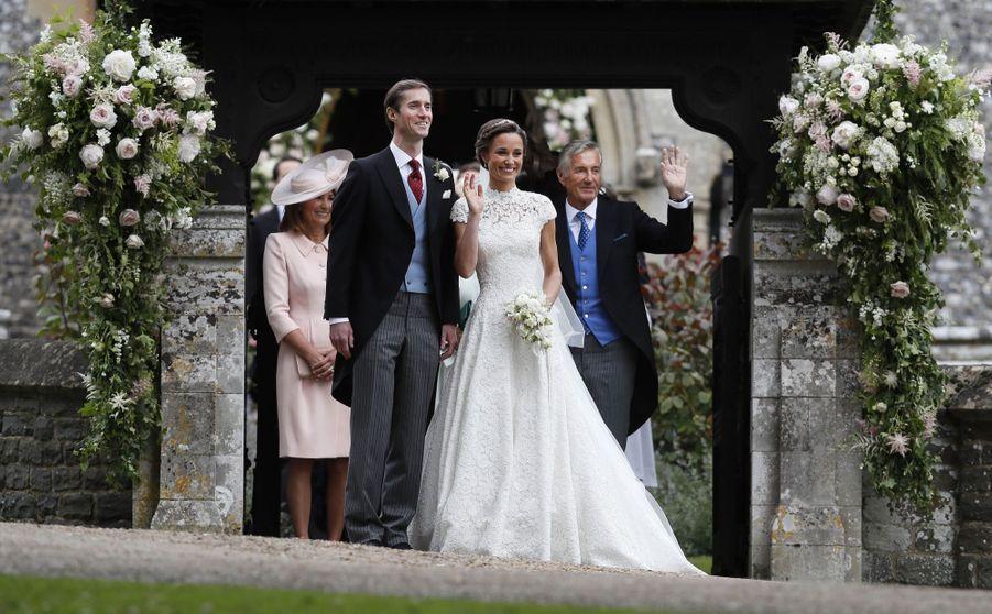 La Robe De Mariée De Pippa Middleton 21