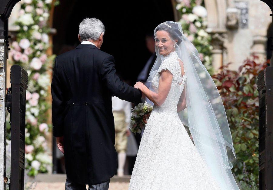 La Robe De Mariée De Pippa Middleton 6