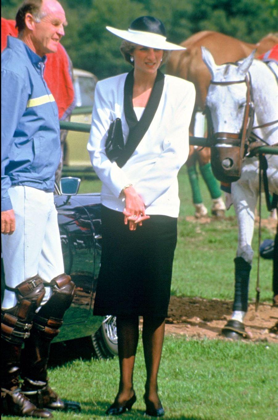 Lady Diana le 21 juin 1985