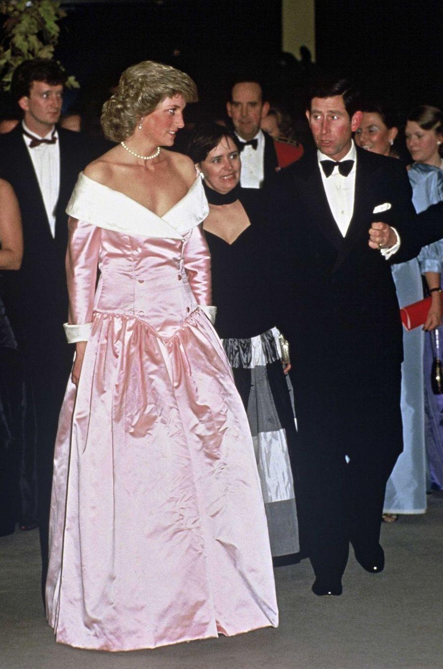 Lady Diana le 11 novembre 1987