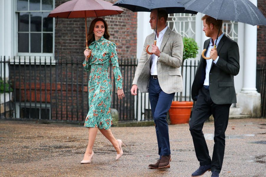 Lady Diana : Kate Middleton, William et Harry lui rendent un hommage simple et touchant