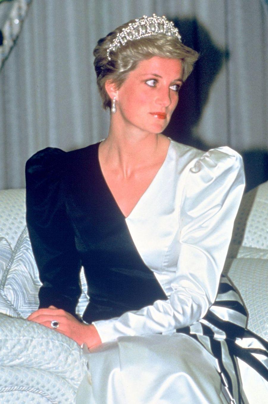 Lady Diana aux Emirats arabes unis en 1986