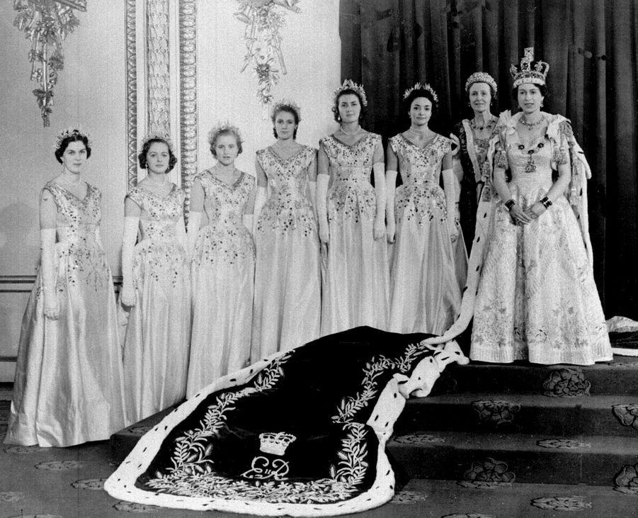 La reine Elizabeth II, le jour de son couronnement, le 2 juin 1953