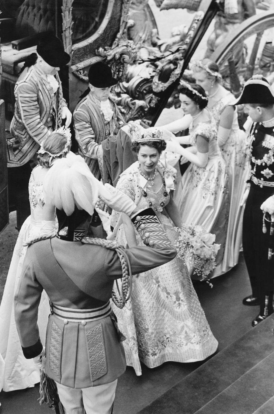 Le bouquet de fleurs de la reine Elizabeth II, le jour de son couronnement, le 2 juin 1953