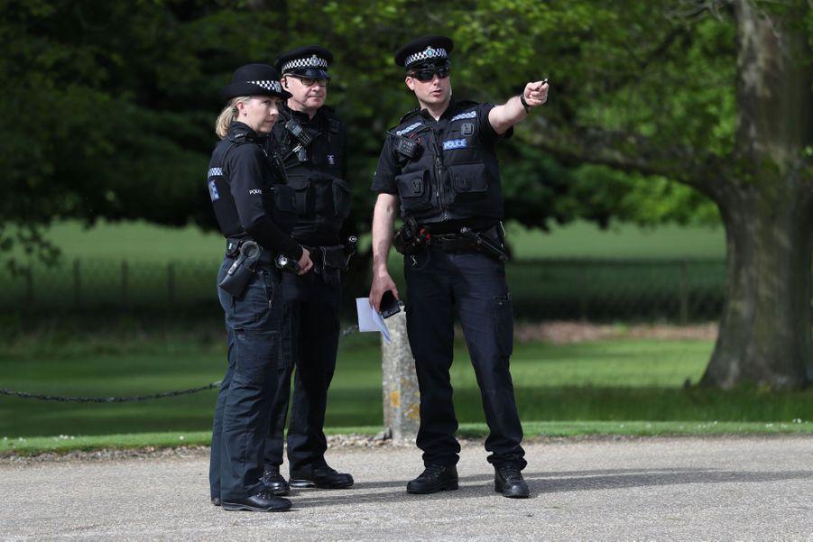 La sécurité se prépare à l'arrivée des invités du mariage de Pippa Middleton, samedi 20 mai