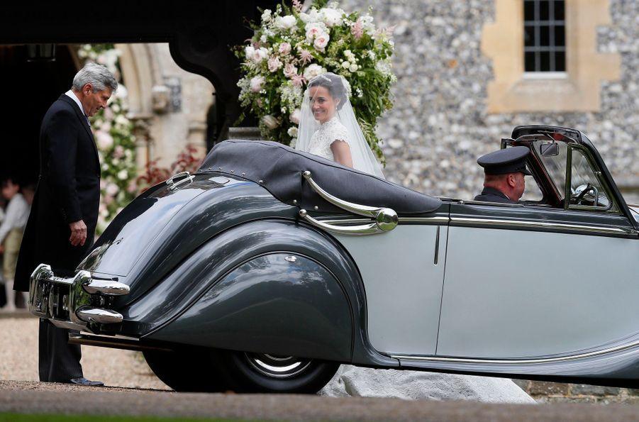 Pippa Middleton arrive à son mariage, samedi 20 mai