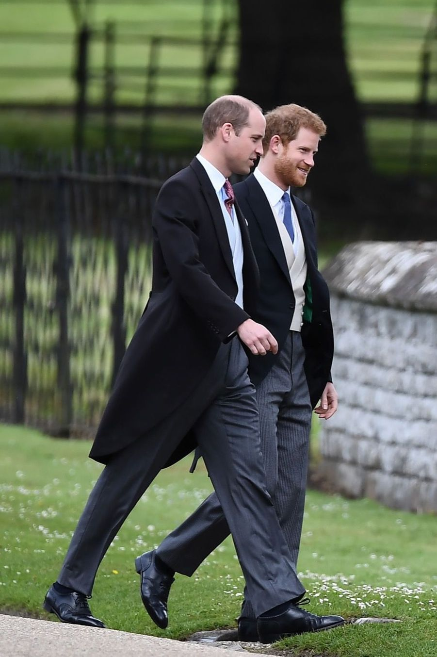William et Harry arrivent au mariage de Pippa Middleton