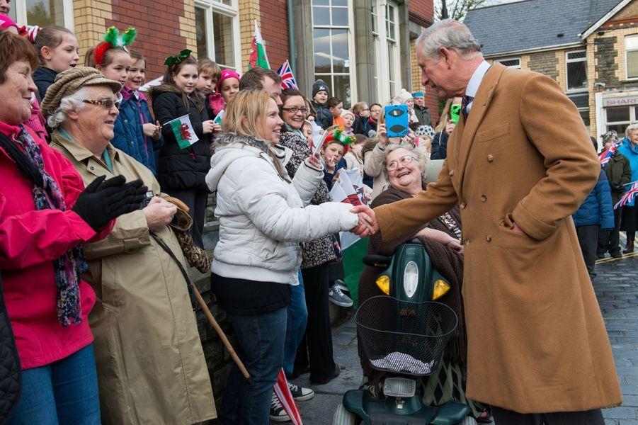 du prince Charles inaugure la restauratiion du Newbridge Memorial Hall, le 12 décembre 2014