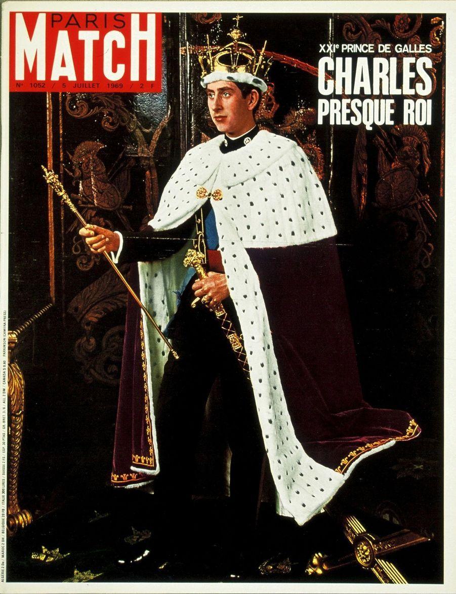 Le prince Charles en couverture du Paris Match n°1052, daté du 5 juillet 1969.