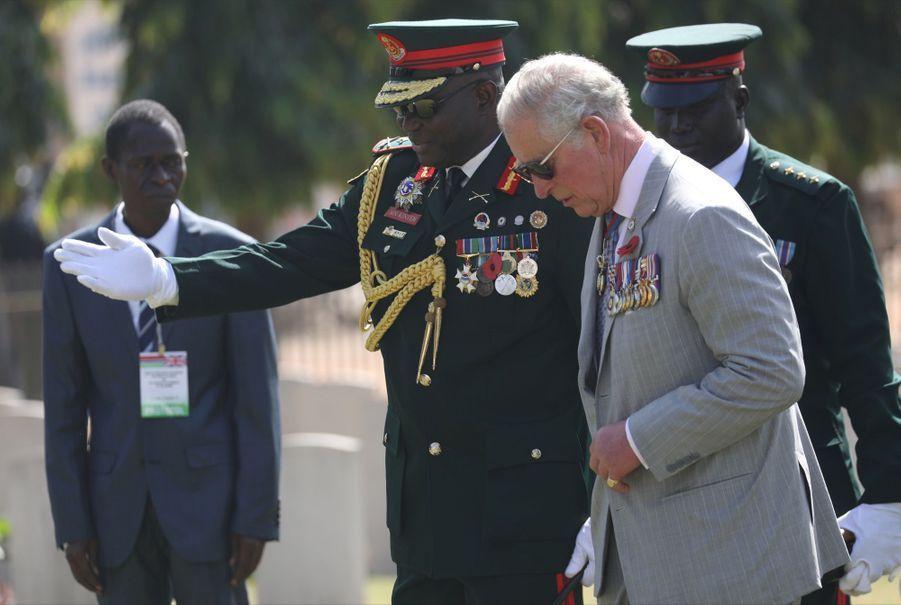 Le Prince Charles Et Camilla Lors De Leur Tournée En Afrique ( 14