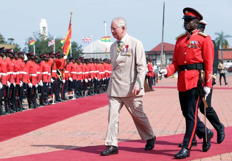 Le Prince Charles Et Camilla Lors De Leur Tournée En Afrique ( 15