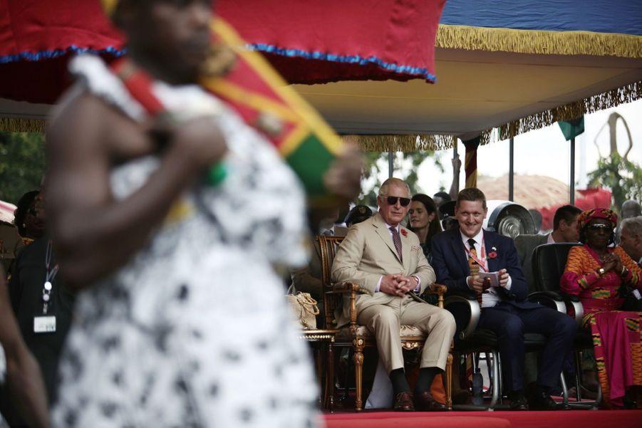 Le Prince Charles Et Camilla Lors De Leur Tournée En Afrique ( 4