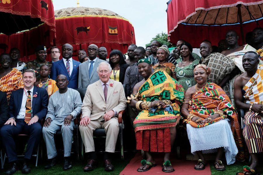Le Prince Charles Et Camilla Lors De Leur Tournée En Afrique ( 6