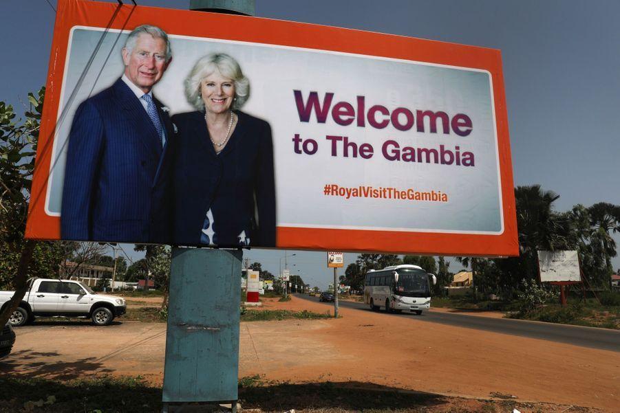 Le Prince Charles Et Camilla Lors De Leur Tournée En Afrique ( 7