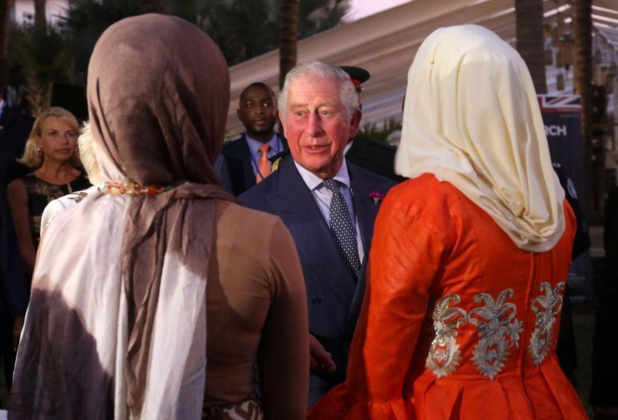 Le Prince Charles Et Camilla Lors De Leur Tournée En Afrique ( 9