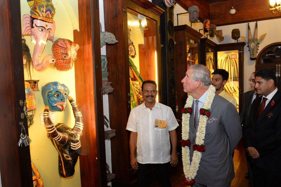 Le prince Charles et Camilla épris de culture indienne