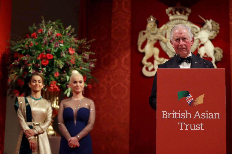 Le prince Charles avec Katy Perry et Natasha Poonawalla à Londres, le 4 février 2020