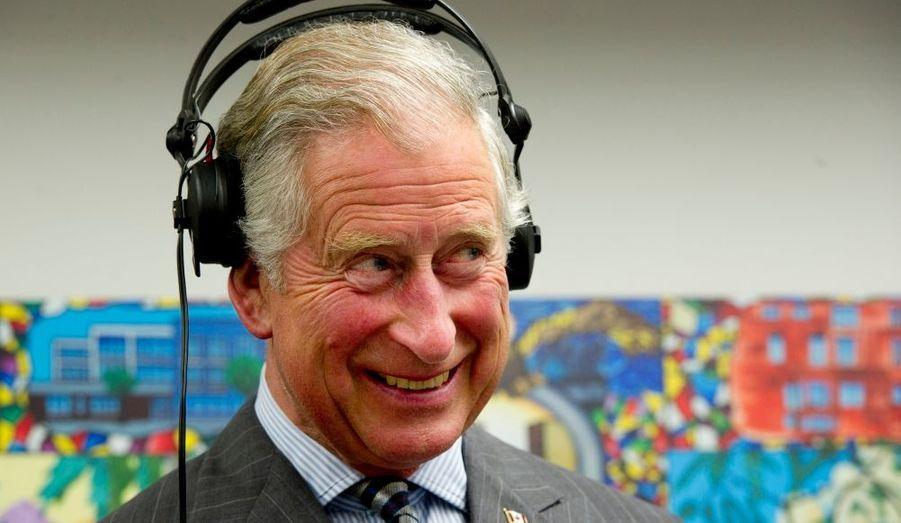 Avec Camilla, ils sont venus faire jubiler le Canada au nom de la Reine. A l'occasion des 60 années de règne d'Elizabeth, le prince de Galles et son épouse ont passé quatre jours dans le pays à représenter la souveraine devant ses sujets d'Amérique du Nord. Et comme d'habitude, on leur avait concocté des journées bien remplies...