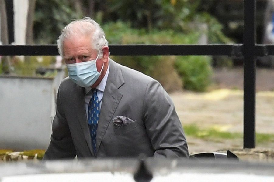 Le prince Charles s'est rendu samedi à l'hôpital londonienKing Edward VII pour rendre visite à son père, le princePhilip