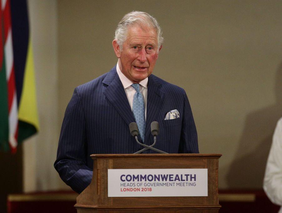La Reine Ouvre En Famille Le Sommet Du Commonwealth Au Château De Windsor, Jeudi 19 Avril 11