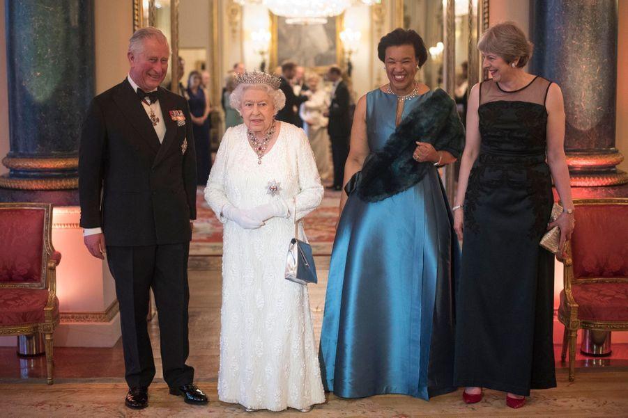 La Reine Ouvre En Famille Le Sommet Du Commonwealth Au Château De Windsor, Jeudi 19 Avril 22