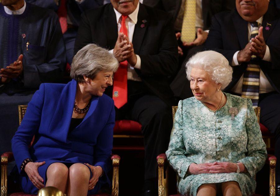 La Reine Ouvre En Famille Le Sommet Du Commonwealth Au Château De Windsor, Jeudi 19 Avril 9
