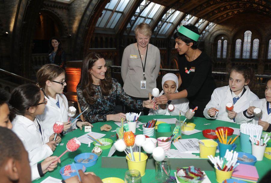 Kate Middleton Au Museum D'Histoire Naturelle De Londres 25