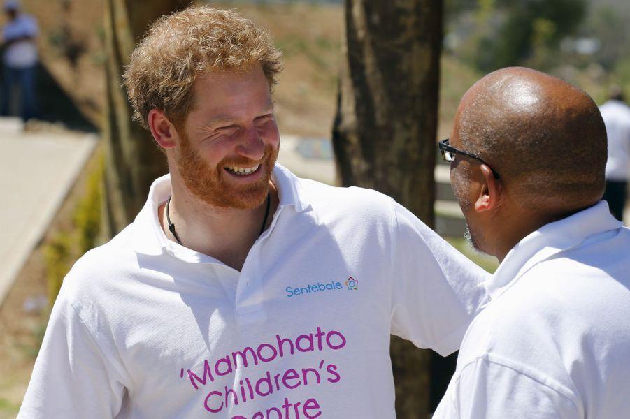 Le prince Harry avec le prince Seeiso au Lesotho, le 26 novembre 2015