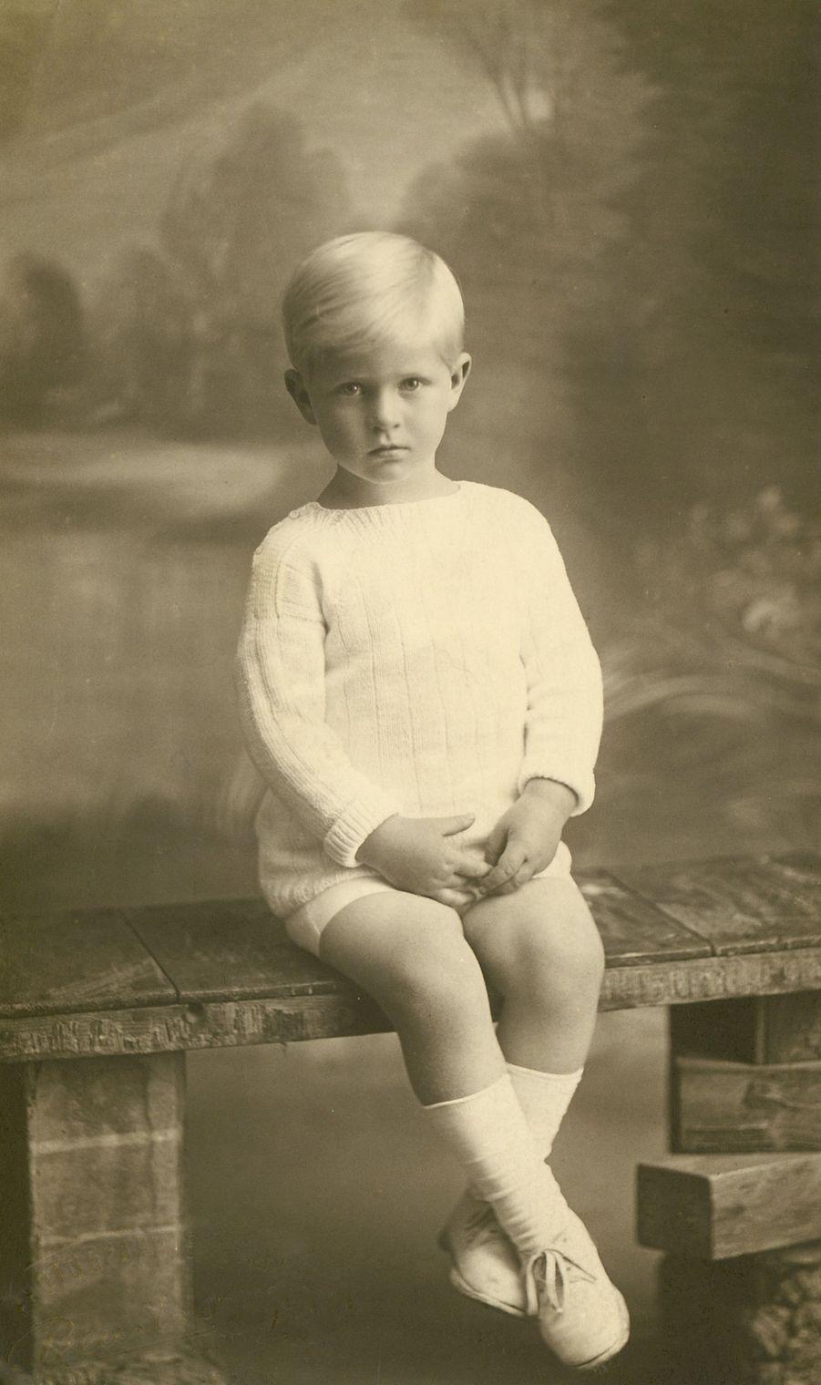 Le prince Philip, vers 1927