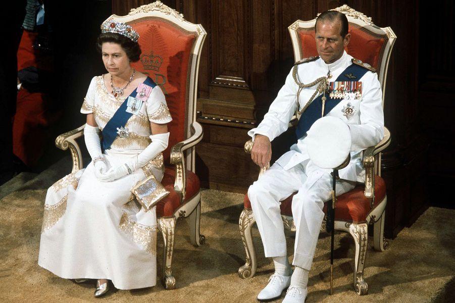 Le prince Philip avec la reine Elizabeth II, en 1977