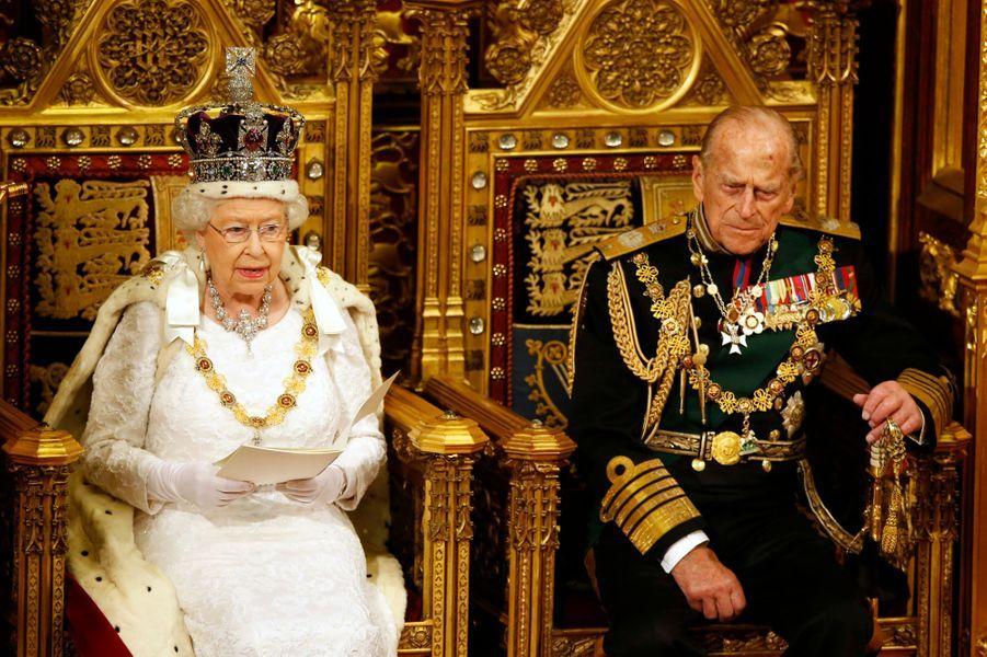 Le prince Philip avec la reine Elizabeth II, le 18 mai 2016