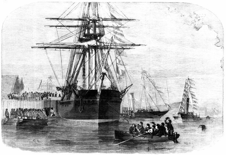 Gravure figurant la reine Victoria allant visiter le H.S.M. Resolute à l'île de Wight, le 15 décembre 1856