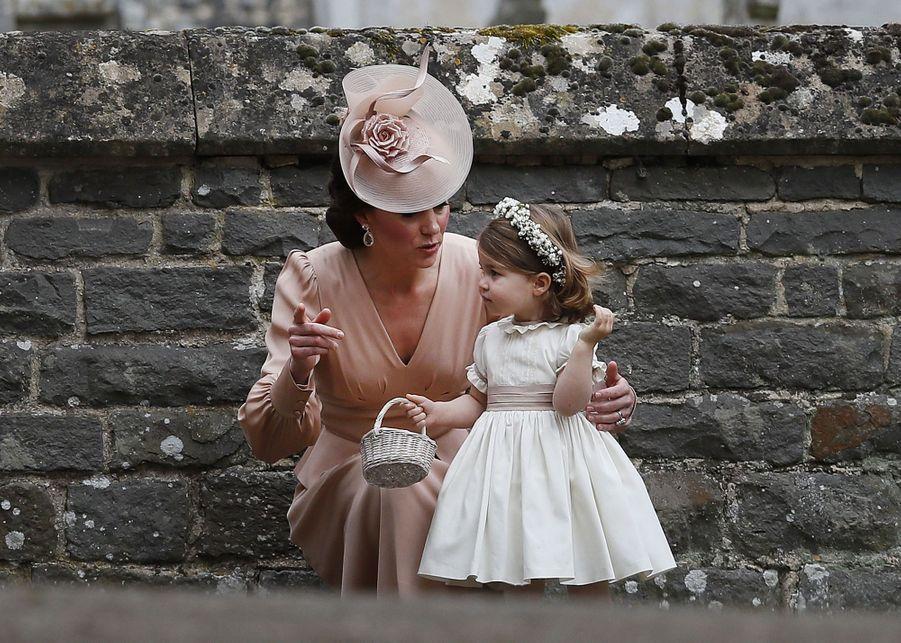 Mariage De Pippa Middleton : Kate avec sa fille Charlotte