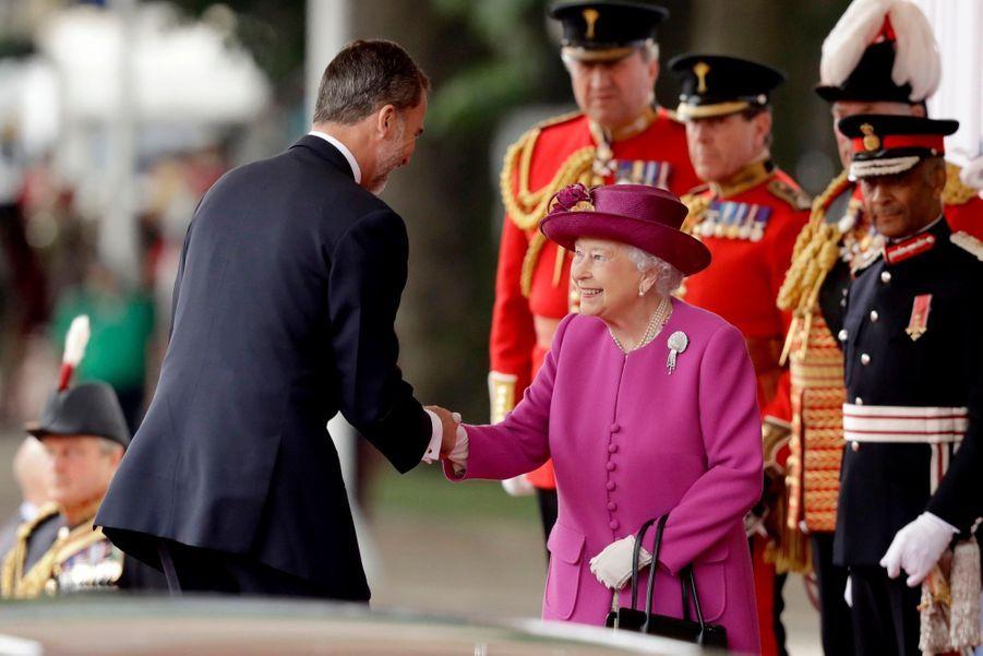 Letizia Et Felipe En Visite Chez La Reine Elizabeth II 15